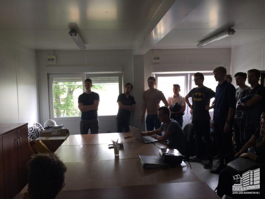 wycieczka na budowe zsb1 poznan 001