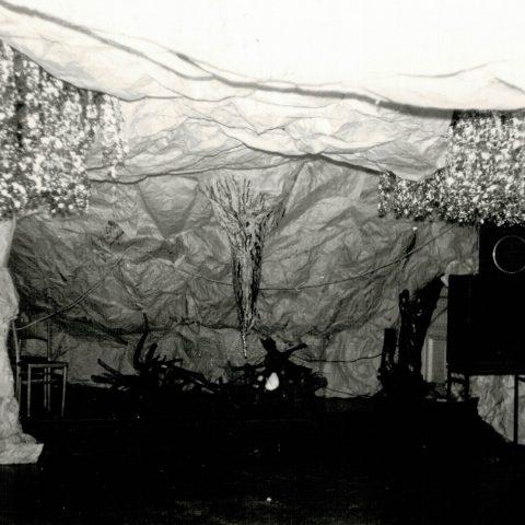 Przygotowania auli do Studniówki 1988r. _1