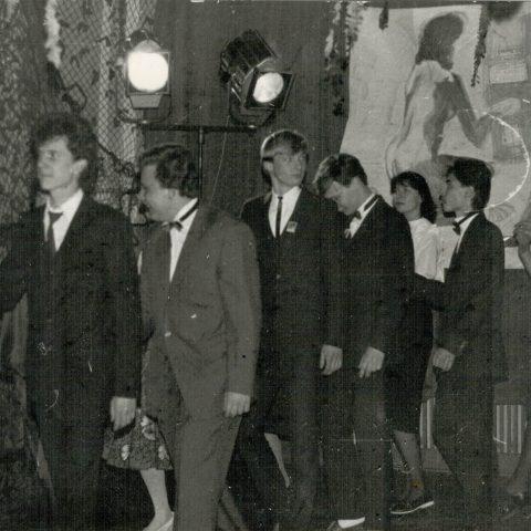 Studniówka 31.01.1987r. klasa Vc_11